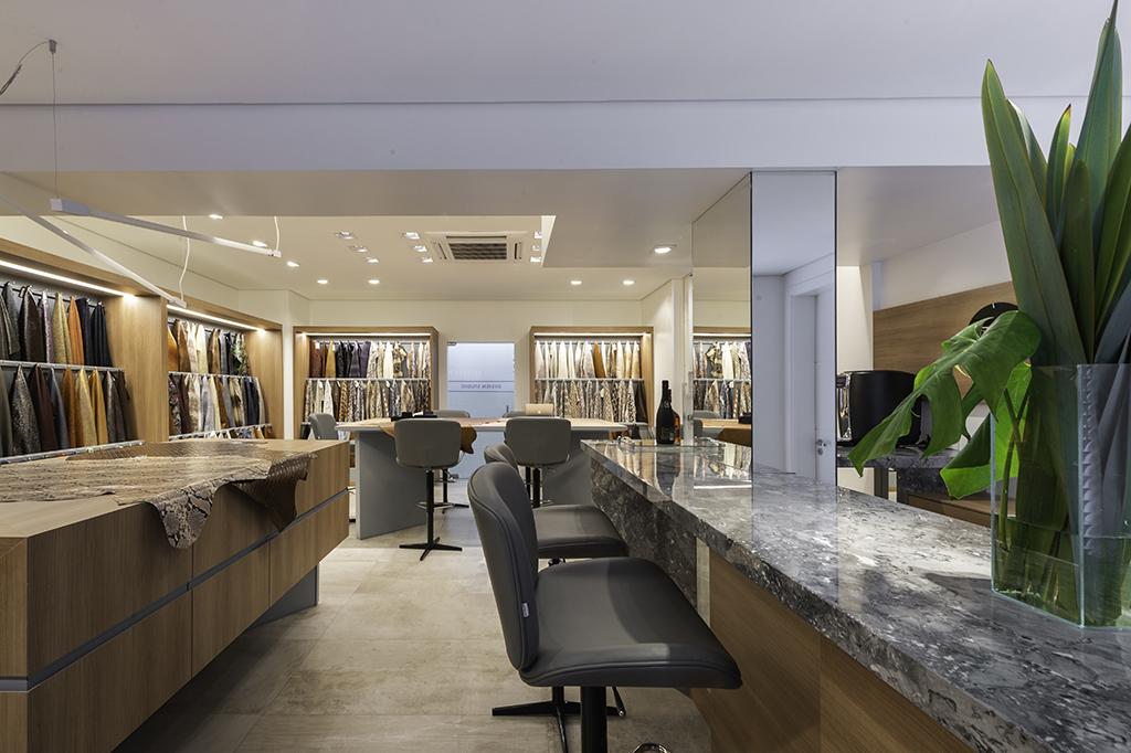 bar integrado com o showroom